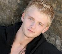 Anthony Fedorov and Natalie Wachen Join Cast of RENT Tomorrow, 7/11