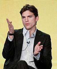 Ashton-Kutcher-to-Play-20010101