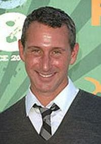 Twitter-Watch-Adam-Shankman--20120522