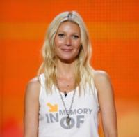 Gwyneth-Paltrow-to-Produce-2012-STAND-UP-TO-CANCER-Telecast-97-20120711