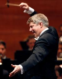 Michael-Stern-Replaces-James-DePreist-Conducting-the-Pasadena-Symphony-428-20010101