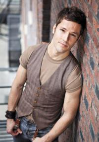 Utahs-own-Thayne-Jasperson-makes-Broadway-Debut-in-Newsies-20010101