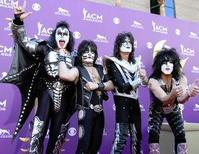 Kiss-to-Perform-on-Tonights-DWTS-Rock-Week-20010101