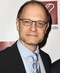 David-Hyde-Pierce-to-Receive-Lifetime-Leadership-Award-at-Forget-Me-Not-Gala-64-20010101