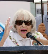 Carol-Channing-Pays-Tribute-at-Marilyn-Monroe-Star-Rededication-Ceremony-20010101