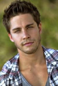 Dean Geyer and Jacob Artist Join Season 4 of GLEE!