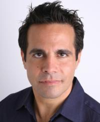 Mario Cantone to Play P-Town's Art House, 8/4 & 5