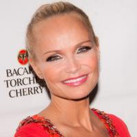 Twitter Watch: Kristin Chenoweth Thanks Fans for Support!