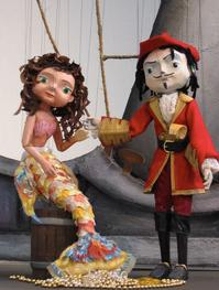 THE-LITTLE-PIRATE-MERMAID-Plays-Center-for-Puppetry-Arts-614-715-20120607