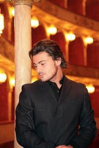 BWW-Reviews-Vittorio-Grigolo-The-Italian-Tenor-Philharmonie-Berlin-20010101