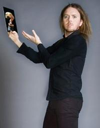 Tim-Minchin-20010101