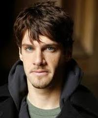 Justin-Bartha-Joins-Cast-of-20010101