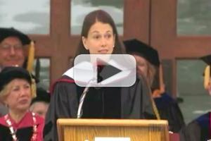 STAGE TUBE: Sutton Foster Speaks at Ball State's Commencement