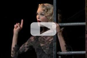 BWW TV: Sneak Peek of Christie Brinkley in CHICAGO!