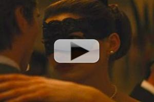 STAGE TUBE: Hathaway, Freeman Featured in 'DARK KNIGHT' Clips