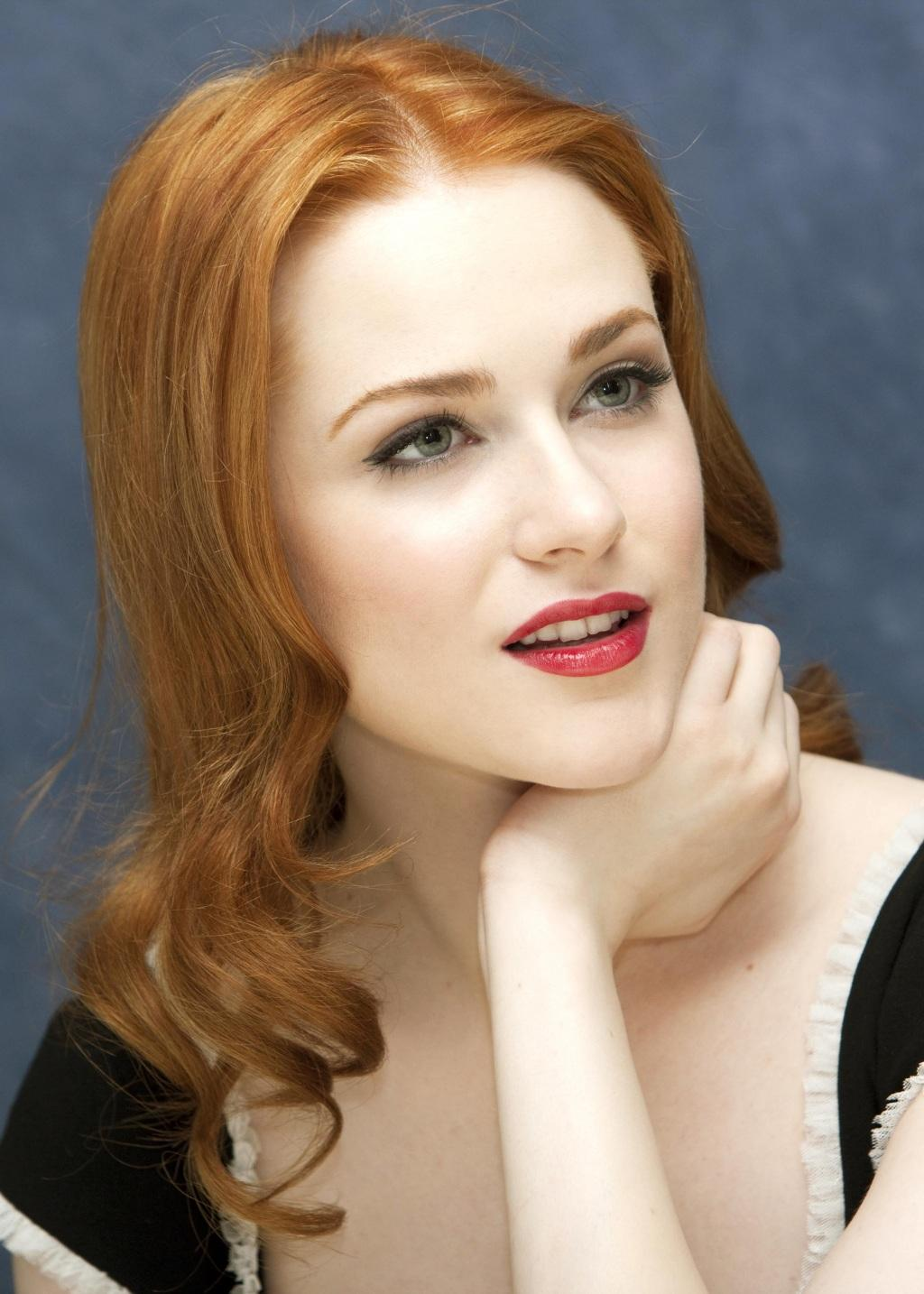 Evan Rachel Wood Tweets From INTO THE WOODS Reunion: 'I Cried The ...