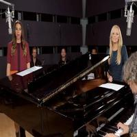 STAGE TUBE: Former Spice Girls Melanie C and Emma Bunton Perform 'I Know Him So Well' from CHESS!