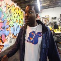 VIDEO: Sneak Peek - Rappers Tyga, MGK Host MTV2's THE DUB MAGAZINE PROJECT, Debuting 10/28