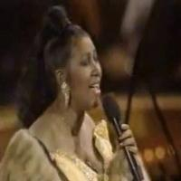 STAGE TUBE: LES MIS Flashback - Aretha Franklin Sings 'I Dreamed a Dream'