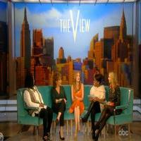 STAGE TUBE: Jessica Chastain Talks THE HEIRESS on THE VIEW!