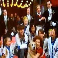 STAGE TUBE: Cast of ANNIE Sings 'New Deal for Christmas' at Macy's Day Parade!