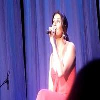 STAGE TUBE: Idina Menzel Sings 'Learn to Live Without' from IF/THEN!