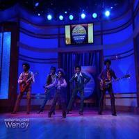 STAGE TUBE: MOTOWN's Jackson 5 Perform on WENDY WILLIAMS