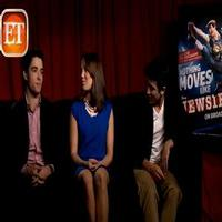 STAGE TUBE: Corey Cott, Kara Lindsay & Jess LeProtto Talk NEWSIES Movie Remake!
