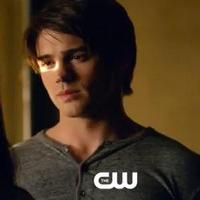VIDEO: Sneak Peek - 'Handle with Care' Episode of The CW's VAMPIRE DIARIES