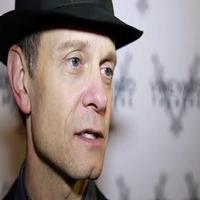 STAGE TUBE: David Hyde Pierce, Julia Murney & More Talk THE LANDING
