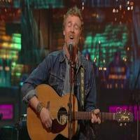 VIDEO: Glen Hansard Performs 'Falling Slowly' & More on LETTERMAN; Watch Full Concert!