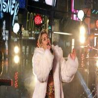 VIDEO: Watch Miley Cyrus Ring in the New Year with Live Performances