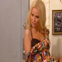 VIDEO: Sneak Peek - Kristin Chenoweth Guest Stars on TV Land's KIRSTIE Tonight