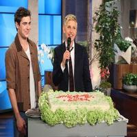 VIDEO: Adam Levine, Zach Efron & More Wish ELLEN a Happy Birthday