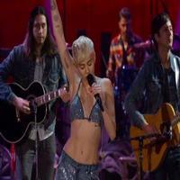 VIDEO: Miley Cyrus Covers Arctic Monkeys in MTV UNPLUGGED Bonus Clip