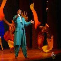 Cast of Broadway's ALADDIN Performs 'Prince Ali' on THE VIEW