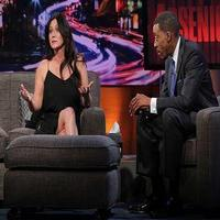 VIDEO: Shannen Doherty Has Words for 90210 Co-Stars Tori Spelling & Jason Priestley on ARSENIO