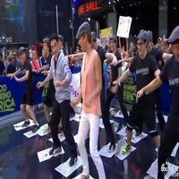 VIDEO: Christopher Gattelli & NEWSIES Cast Teach 'Get Up and Go' Workout on GMA