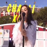 STAGE TUBE: Watch Charli XCX Sing BOOM CLAP Live on VMA Red Carpet!