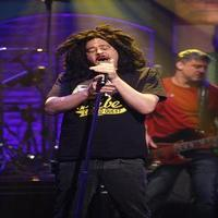 VIDEO: Counting Crows Perform New Single 'Scarecrow' on LATE NIGHT