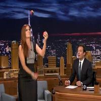 VIDEO: Debra Messing Shows Off Her Juggling Skills on TONIGHT SHOW