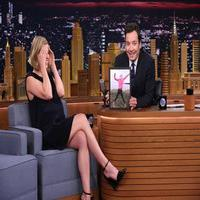 VIDEO: Rosamund Pike Talks New Film 'Gone Girl' on TONIGHT SHOW