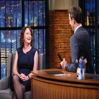 VIDEO: Rachel Dratch & Seth MEYERS Look Back on SNL Days on LATE NIGHT