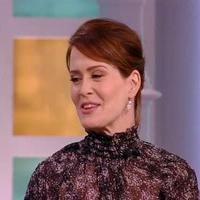 VIDEO: Sarah Paulson Talks AHS FREAK SHOW & More on 'The View'