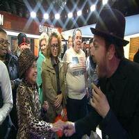 VIDEO: Gavin DeGraw Performs 'Fire' on This Morning's TODAY