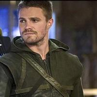 VIDEO: Sneak Peek - 'The Magician' Episode of The CW's ARROW