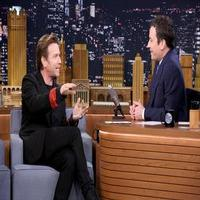 VIDEO: Ewan McGregor Talks Making Broadway Debut in THE REAL THING on 'Tonight'