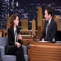 VIDEO: Felicity Jones Talks New Film 'The Theory of Everything' on TONIGHT