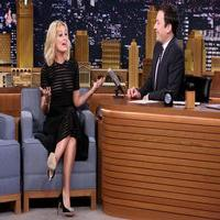 VIDEO: Beth Behrs Talks '2 Broke Girls & More' on TONIGHT SHOW