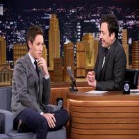 VIDEO: Eddie Redmayne Talks New Film 'The Theory of Everything' & More on TONIGHT SHOW